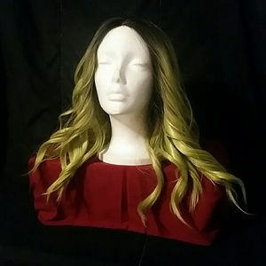 Green wavy synthetic wig 💚